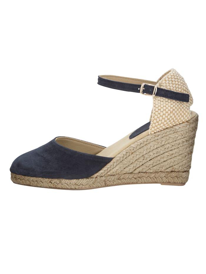 Sandaaltje in trendy espadrillelook