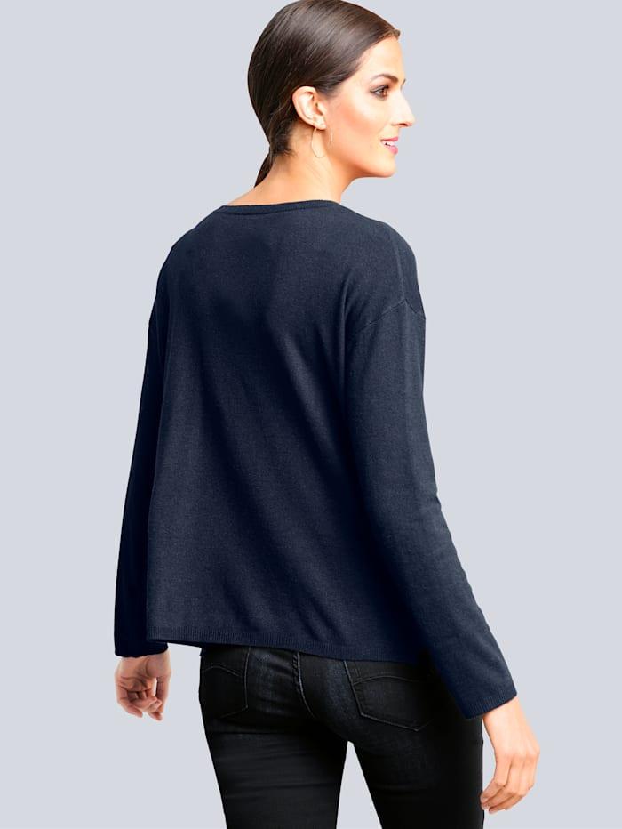 Pullover mit tonigen Strass-Steinchen verarbeitet