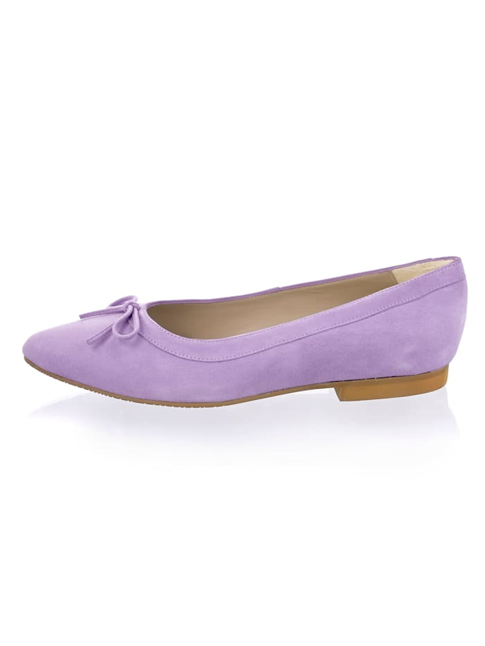 Ballerina in pastelliger Farbe