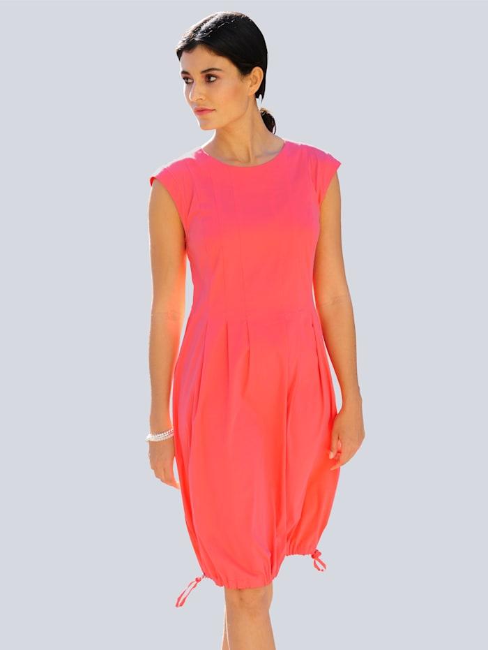 Alba Moda Kleid aus trageangenehmem Materialmix, Koralle