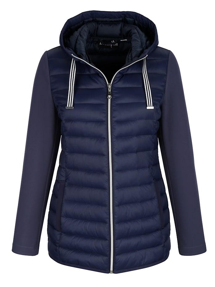 Hupullinen takki – topattu vartalo