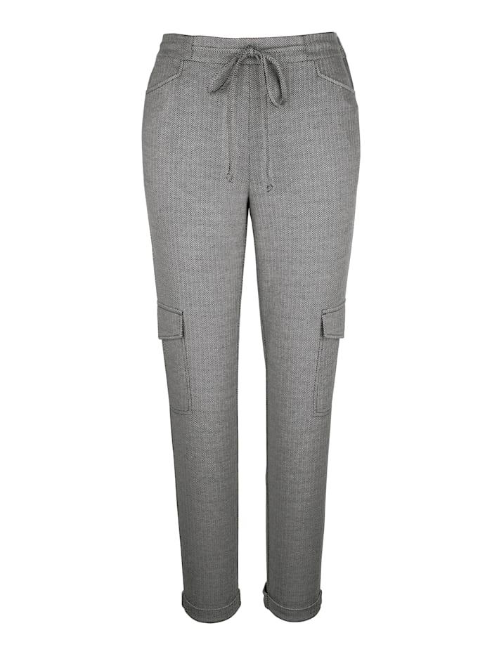 Pantalon cargo à motif chevrons tendance