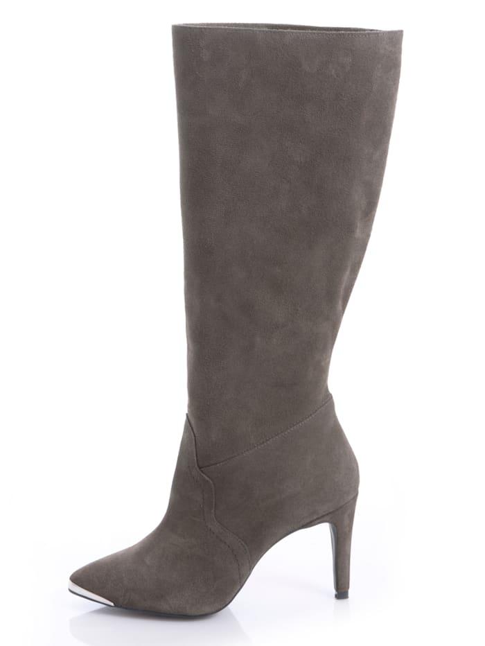 Stiefel mit metallischer Spitze
