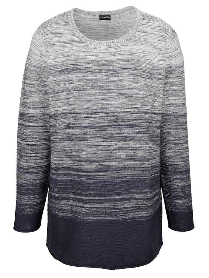 Pullover mit femininem Ausschnitt