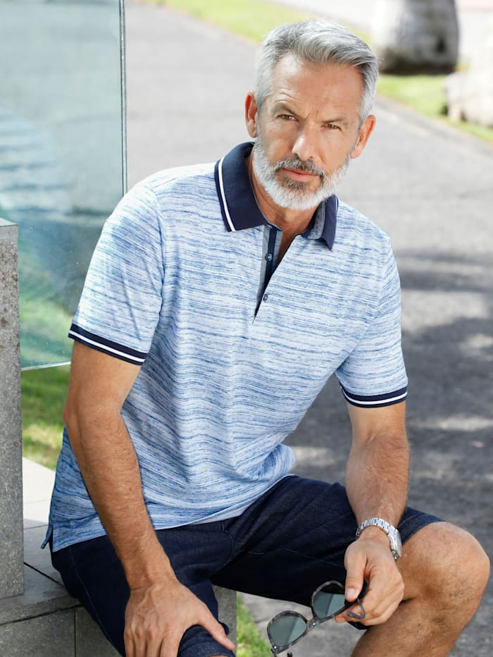 Poloshirt in feiner, bedruckter Streifenoptik