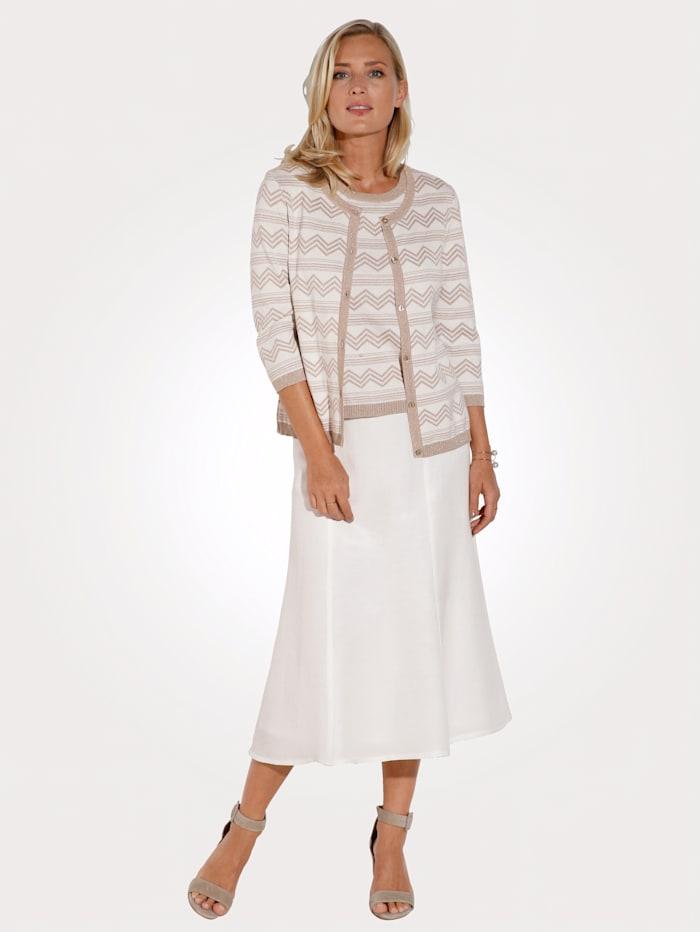 Skirt made from a light linen blend