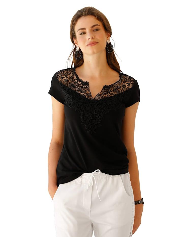 T-shirt avec empiècement en dentelle devant