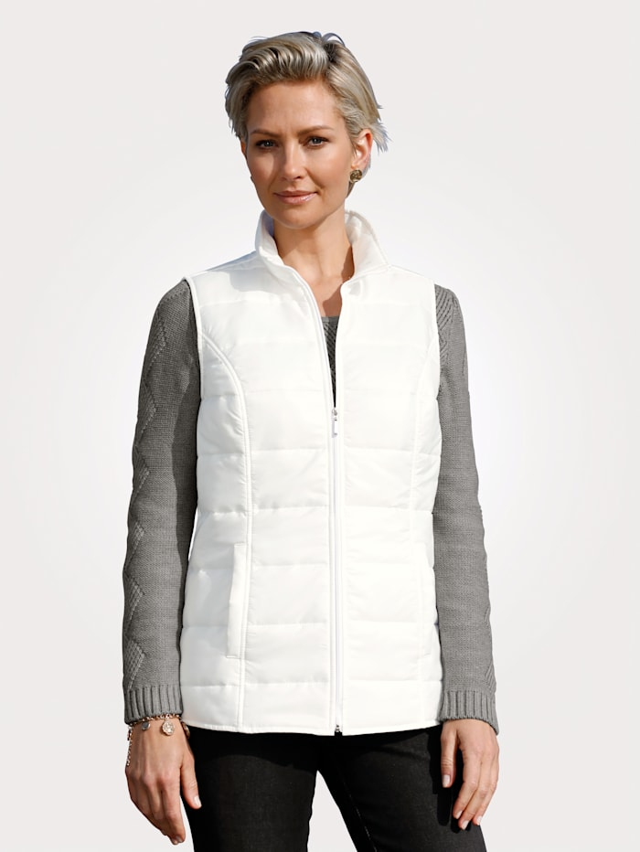 Quilted gilet with lightweight padding