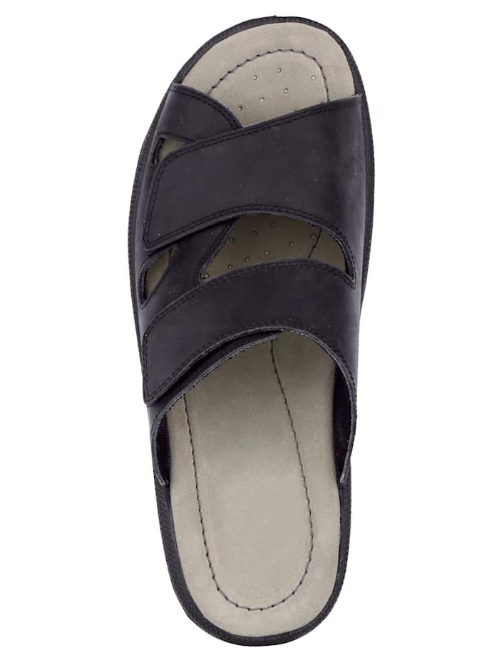 Nazouvací obuv optimálně padnou díky suchému zipu