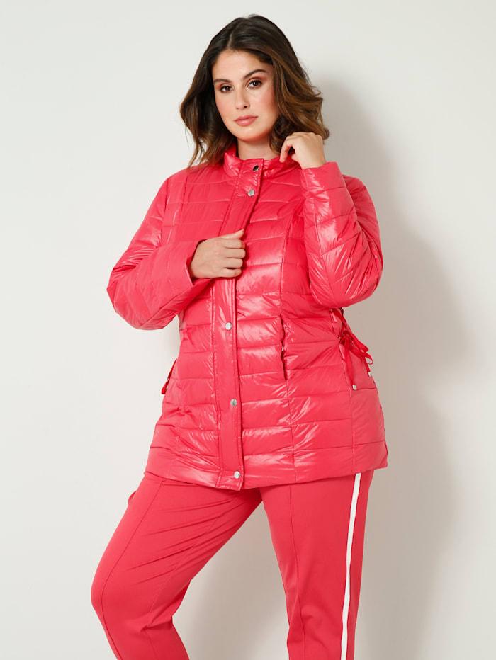 Doorgestikte jas met wattering