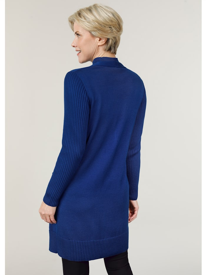 Longline cardigan in a chic silhouette