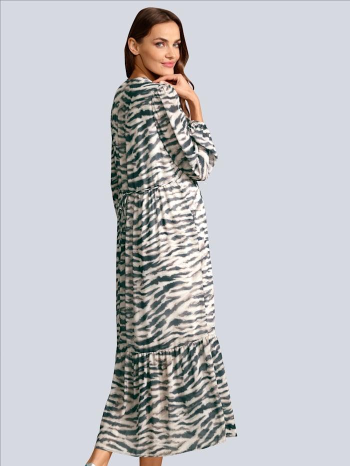 Kleid im Zebra allover