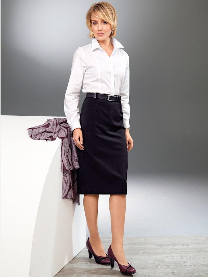 Kjol i klassisk modell