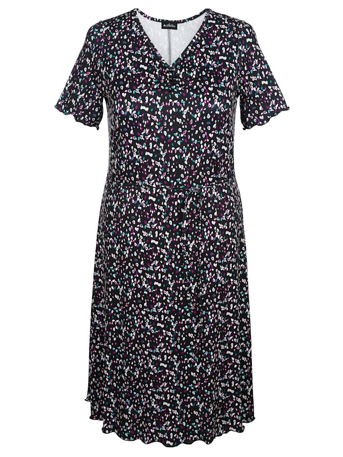 Žerzej šaty s minimalistickým vzorem