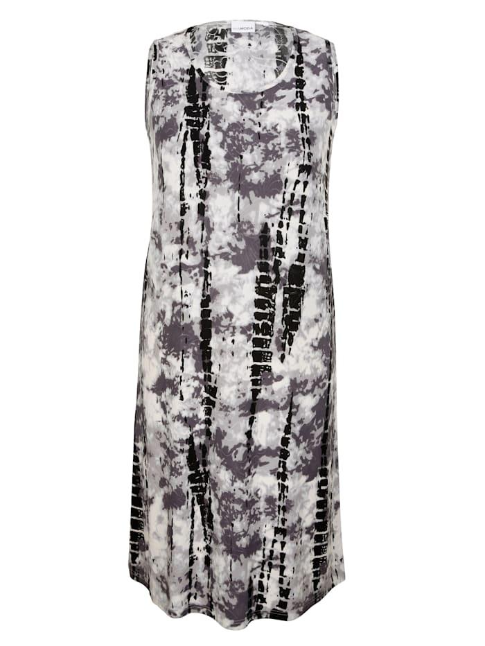Batikkikuosinen mekko