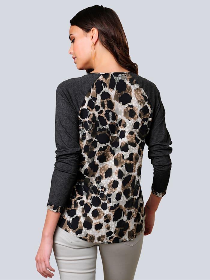 Shirt einfarbig im Mix mit angesagtem Animal-Dessin
