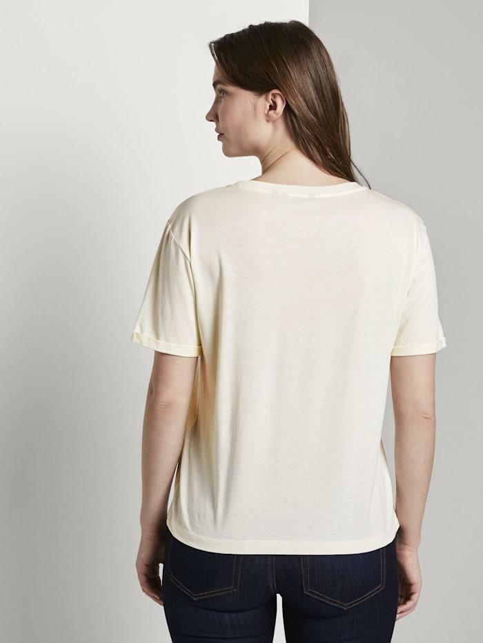 Lockeres T-Shirt mit kleiner Stickerei