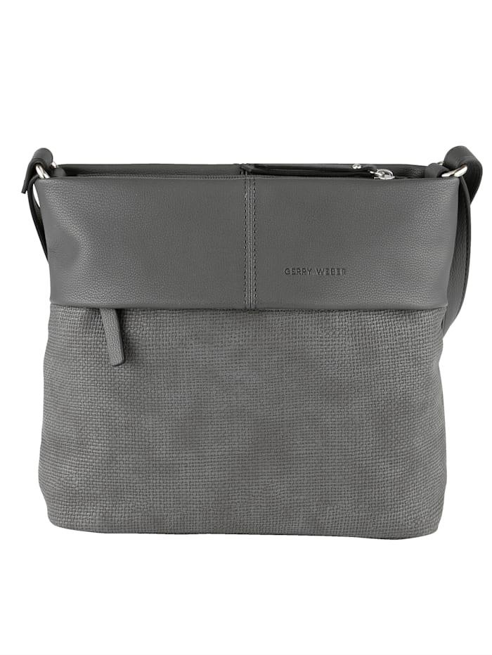 Shoulder Bag in a versatile design