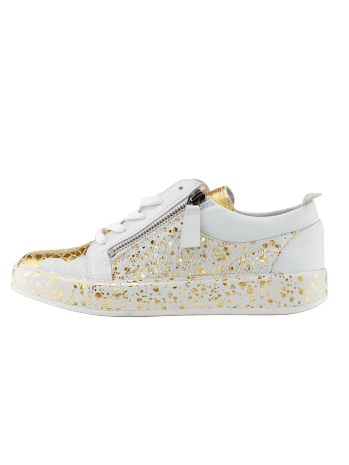 Sneaker in modischem Metallic-Look