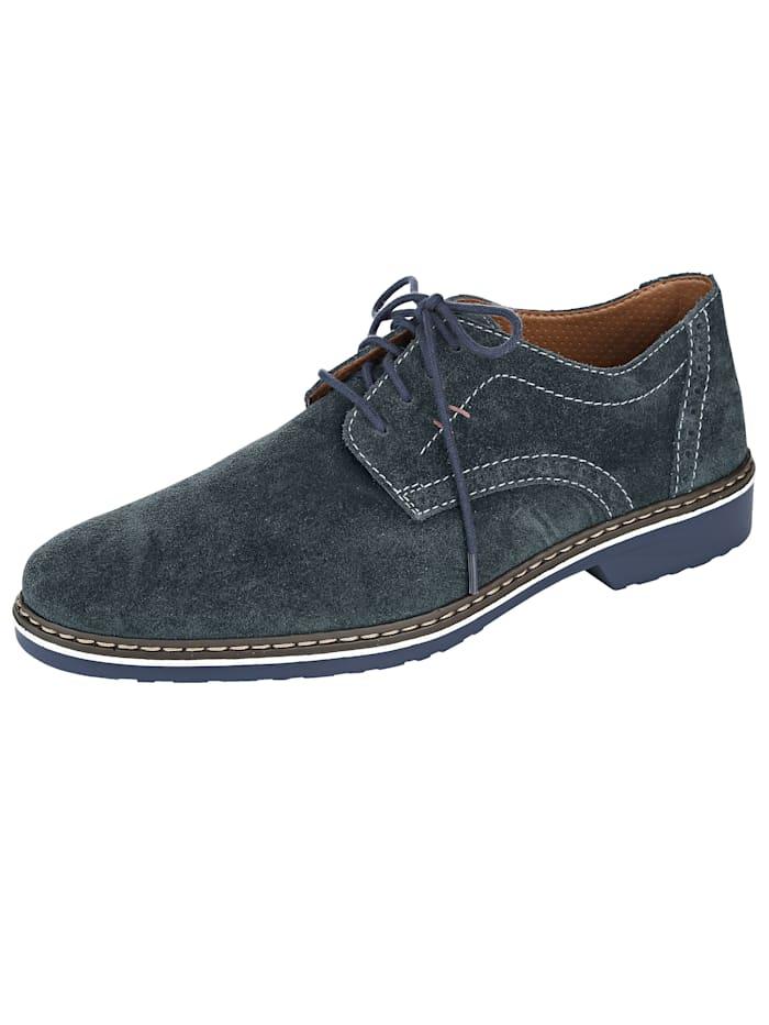 Šněrovací obuv s trendovou podrážkou