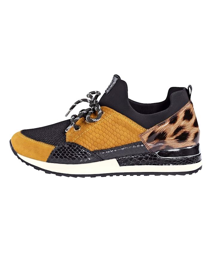 Sneaker in modieuze kleuren