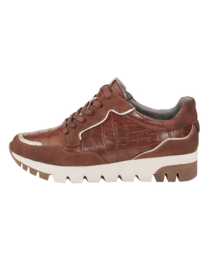 Platform trainers in a chic embossed finish