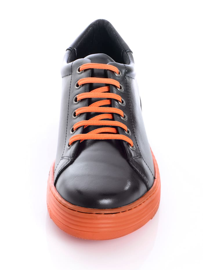 Sneaker mit 2-farbiger Sohle