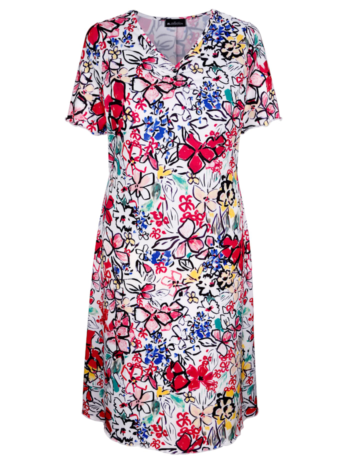 Kleid in leicht ausgestellter Form