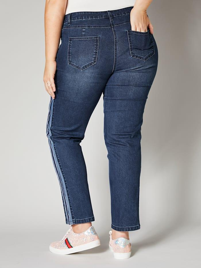 Jeans met contrastdetails