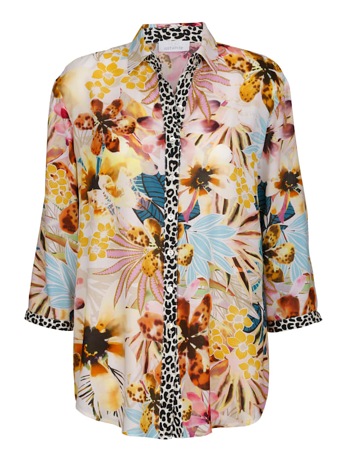 Blouse in bold print mix