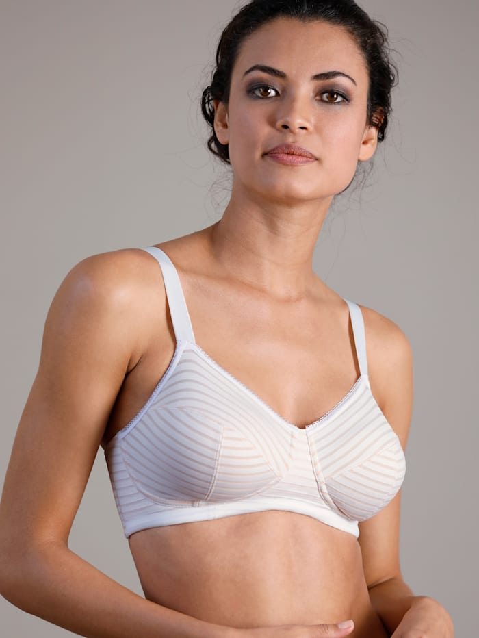 Bra with soft underband for extra support