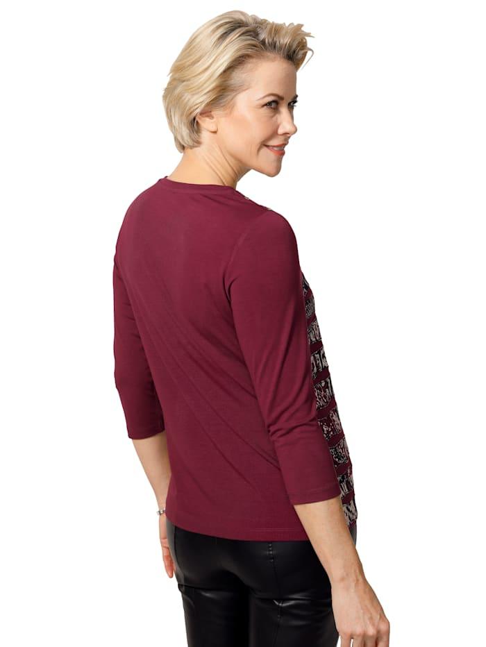 Shirt met opgestikte sierbandjes