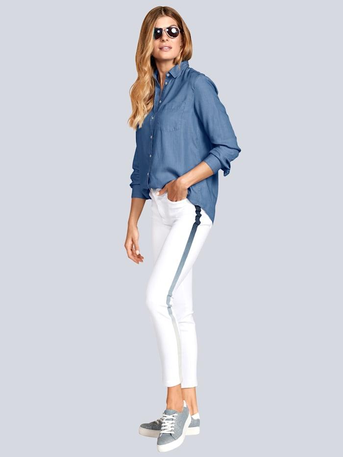 Jeans mit effektvollem Farbverlauf in der Seite