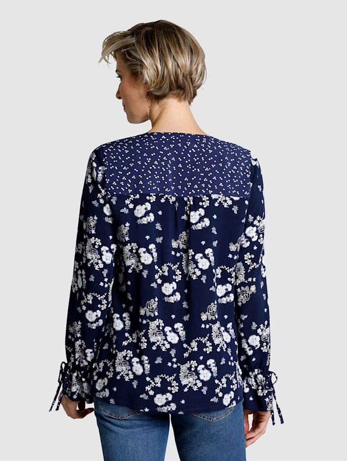 Tunika im modischen Blumendruck