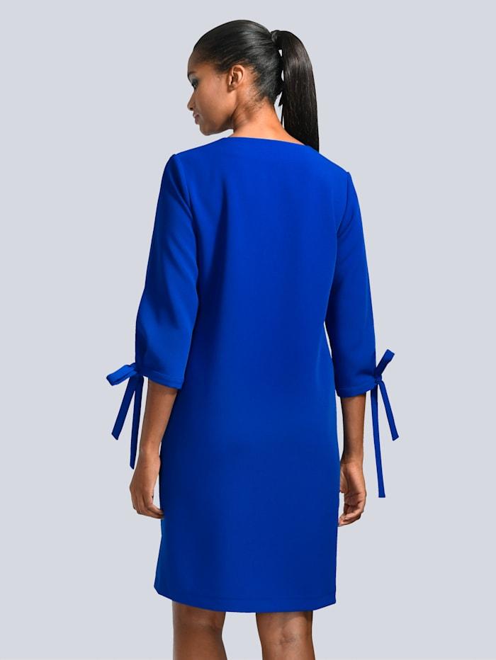 Kleid mit interessanten Ärmeln