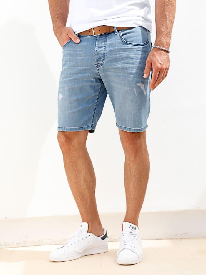 Jeansbermuda mit modischen Crinkle- und Destroyed-Effekten