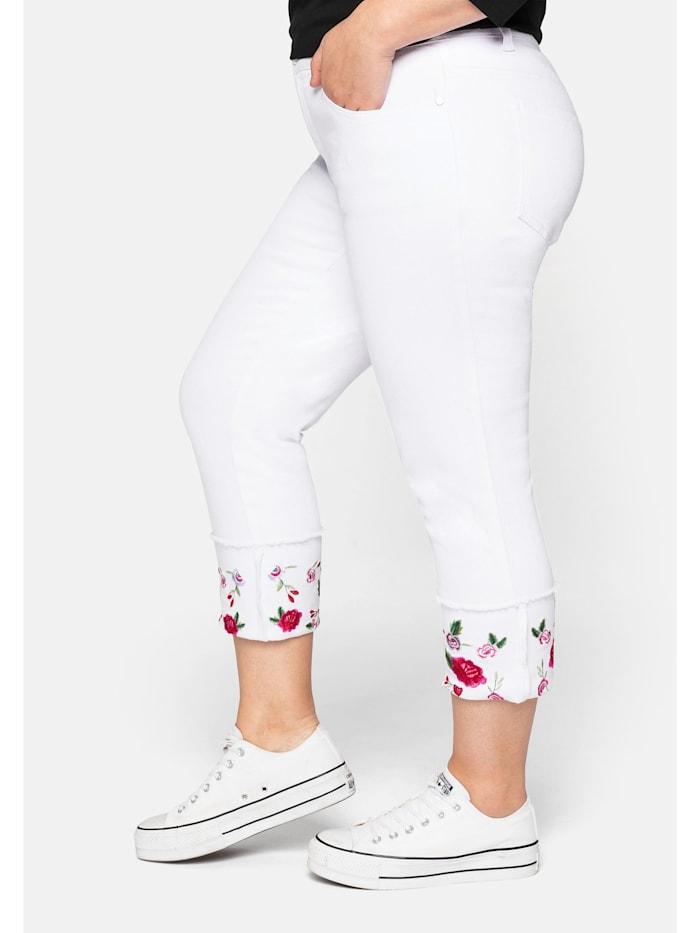 Jeans mit fixiertem Aufschlag und Blütenstickerei