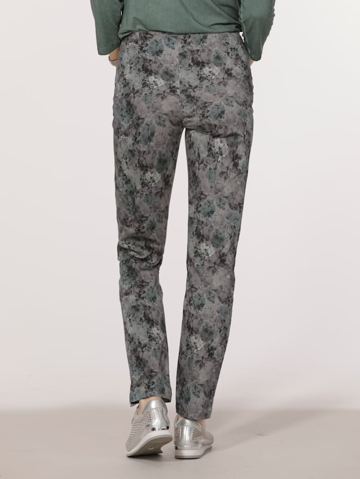 Trousers with a gorgeous print