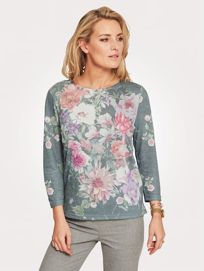 Jumper with a pretty placed print