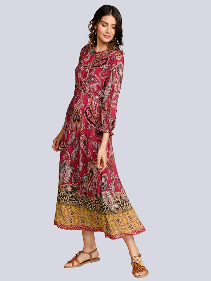 Kleid im farbenfrohen Paiselyprint
