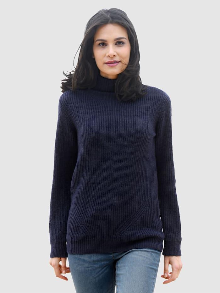 basically you Pullover in schlichter Form, Marineblau