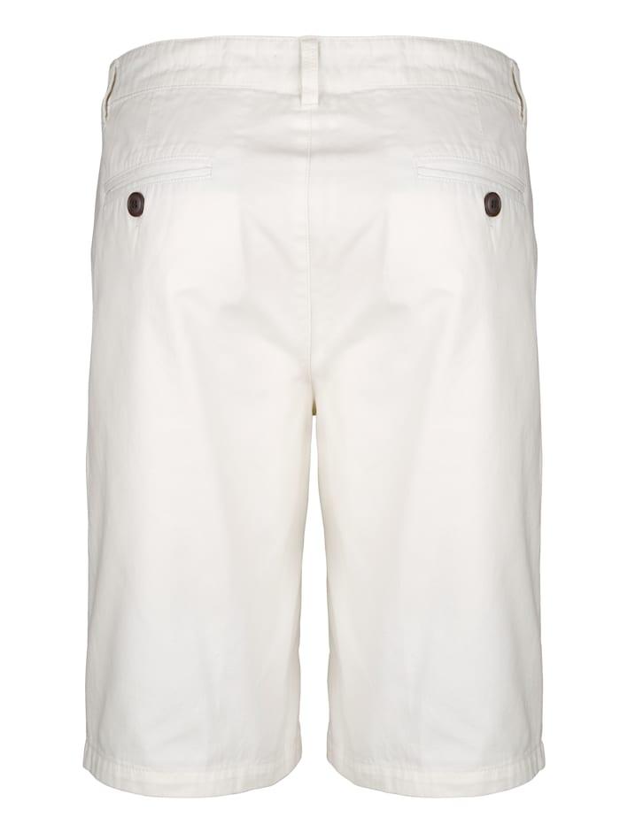 Shorts med slätt parti fram