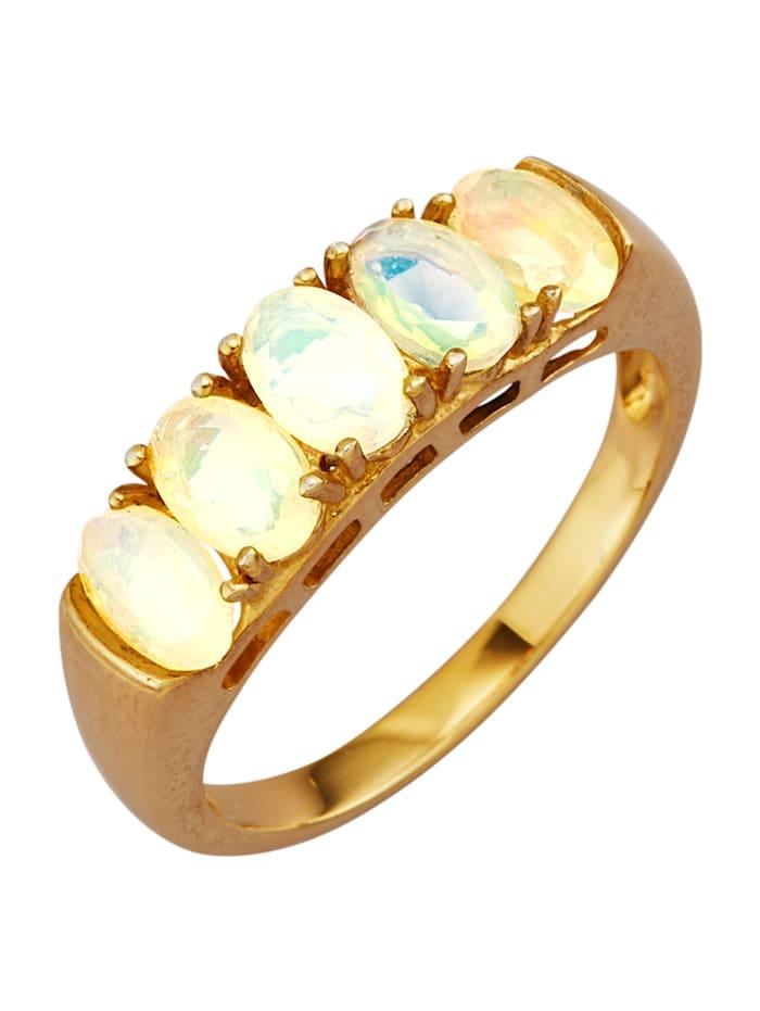 Ring med opaler, Vit