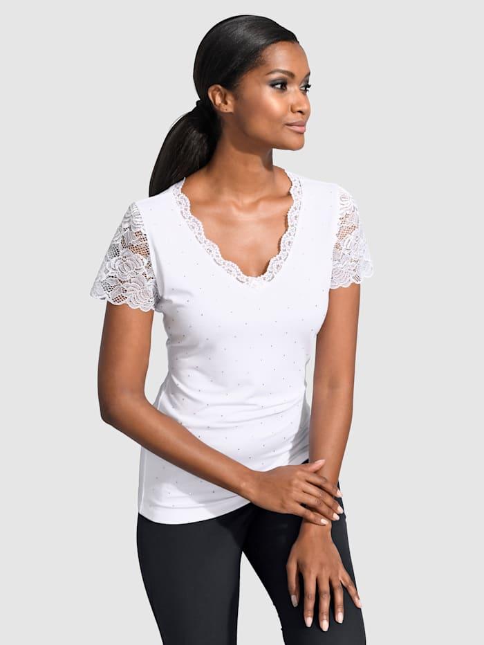 Shirt mit femininer Spitze