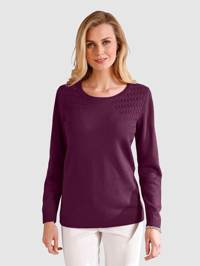 Pullover mit Strickmustermix