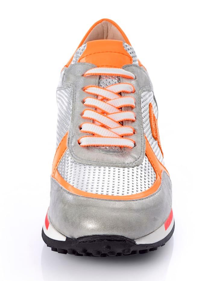 Sneaker aus Kalbsbruchleder