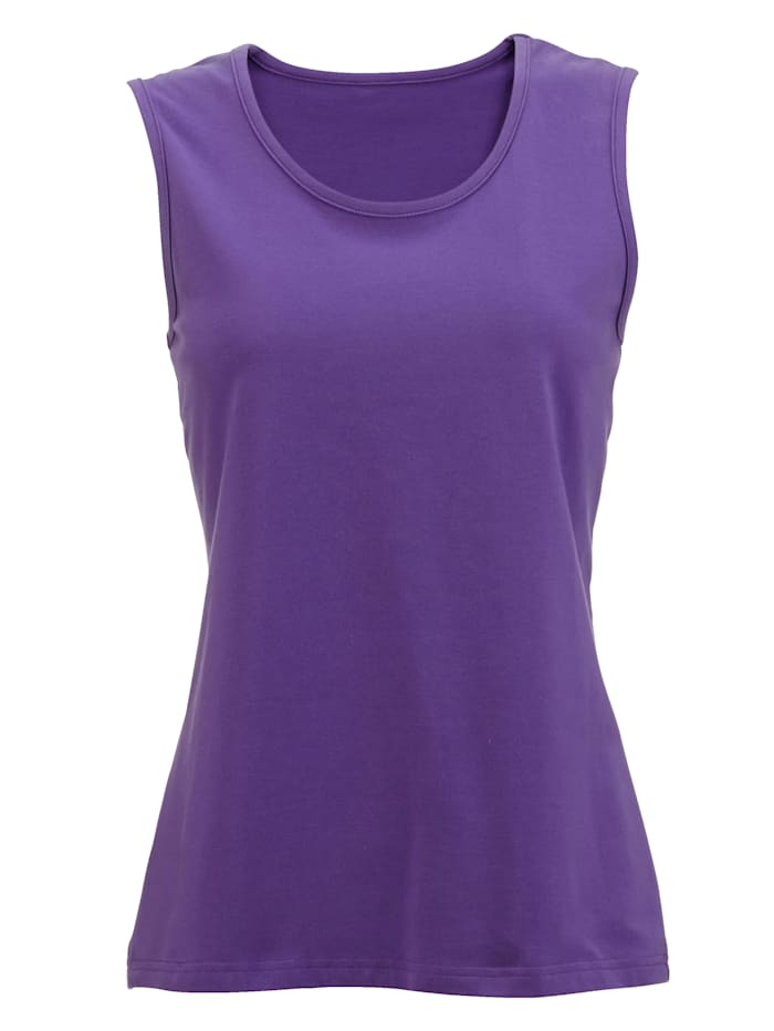 Jersey top made from soft stretch cotton