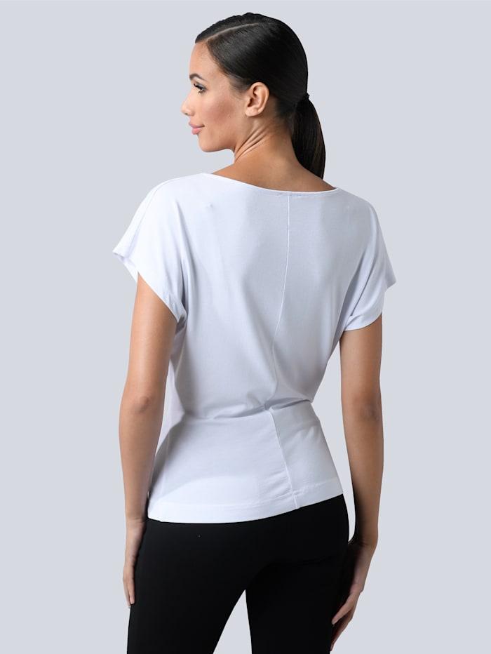 Shirt mit leichtem Wasserfallausschnitt