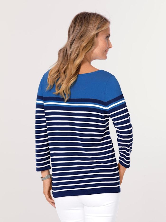 Pullover in gestricktem Ringel