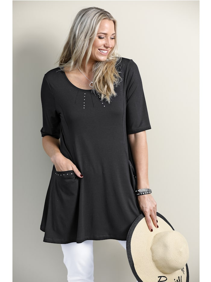 Longshirt in flatterendA-model